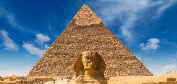 La grande pyramide de Gizeh; une méta-machine